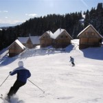 Ski und Snowboard für Singles auf der Skihütte
