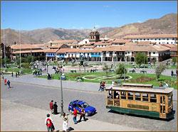 Kolonialarchitektur bei einer Stadtbesichtigung in Cusco