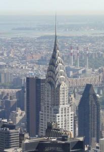 Blick auf das Chrysler Building vom Empire State Building aus