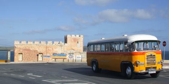 sprachreise malta englisch sprachkurs und sprachschule inklusive sonne oldtimer bussen und. Black Bedroom Furniture Sets. Home Design Ideas