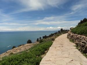 Der Titicacasee bietet tolle farbliche Kontraste