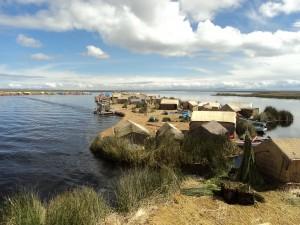 Schwimmende Inseln im Titicacasee