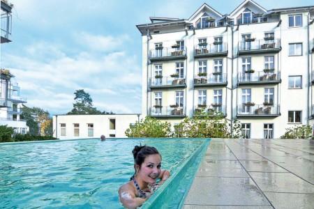 Der Aussenpool des Hotels in Heringsdorf