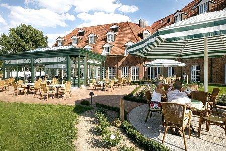 Das Hotel, Terrasse und Wintergarten