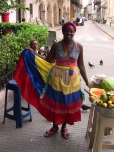 Kolumbianischer Empfang an einem Marktstand in Cartagena
