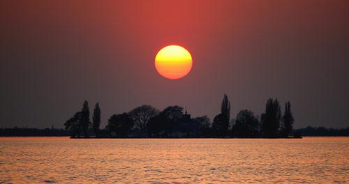 Sonnenuntergang über der Insel Wilhelmstein
