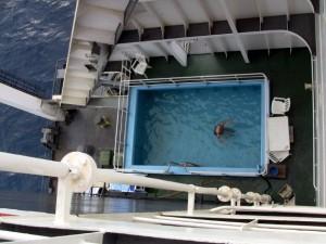 Swimming Pool auf der Frachtschiffreise