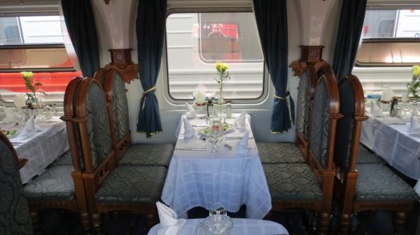 Speisewagen Transsibirische Eisenbahn