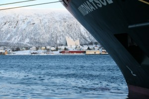 Hurtigruten Schiff MS Midnatsol in Tromsø
