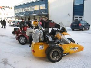Motorräder auf dem Weg zum Nordkapp