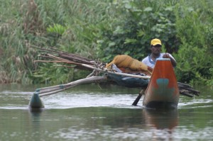 Bootsfahrt im Feuchtgebiet Muthurajawela