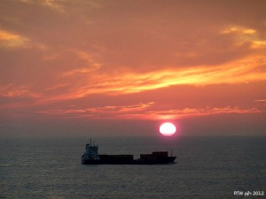 Sonnenaufgang vor Gibraltar