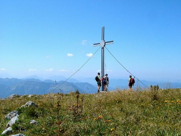 Gipfelkreuz auf dem Ötscher (1.893 m)