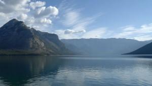 Immer wieder wunderschöne Seen auf unsrer Reise durch den Westen Kanadas