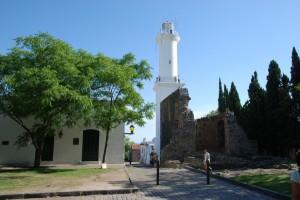 Leuchtturm und Klosterruine von Colonia del Sacramento