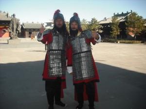 die  Uniformen im Alten China. Ob dies einst Sicherheitsbeamte waren?