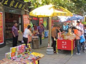 Nüsse hacken auf chinesisch