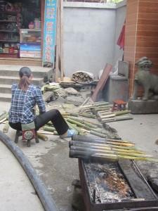 Reis im Bambusrohr