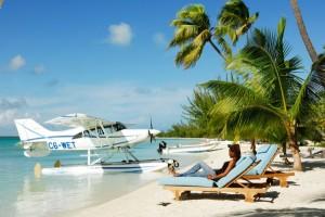 Flitterwochen unter Palmen auf den Bahamas