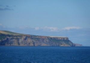 Anfahrt auf die Shetland-Inseln - an Bord der FTI Berlin