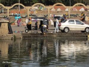 am heiligen Fluss Godavari