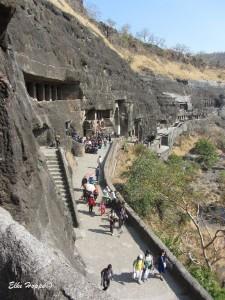 lange Wege in Ajanta