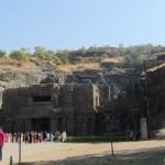 Ellora und seine berühmten Höhlentempel