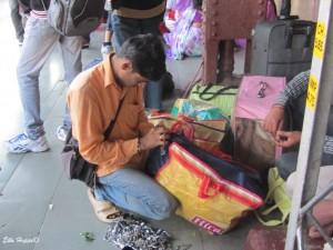 der letzte Schliff für die indische Eisenbahn