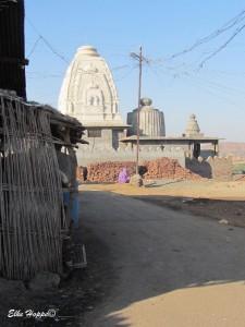 ein Tempel auf dem Weg nach Aurangabad