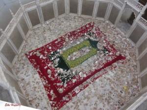 das Grab von Dilas Bama Begum