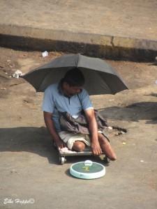 das Leben in Indien ist schwer, vor allem mit einer Behinderung
