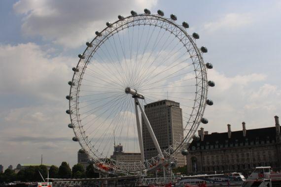wann zog shakespeare nach london