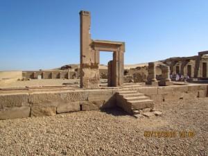 Sobek Tempel von aussen