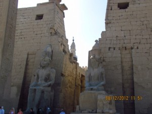 Durchgang im Luxor Tempel
