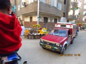 Autos in Luxor