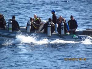 Taucher im Boot