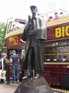 Sherlock Holmes Bond Street
