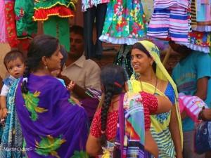 farbenprächtige Saris