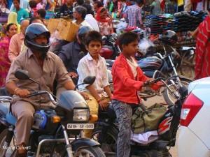 jugendliche Mopedfahrer