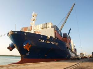 Frachtschiff Rundreisen mit der CMA CGM Platon