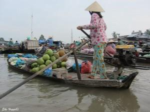 Handel auf dem Fluss bei Can Tho