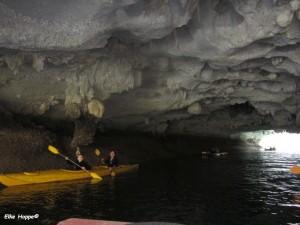 im Tunnel zur Lagune