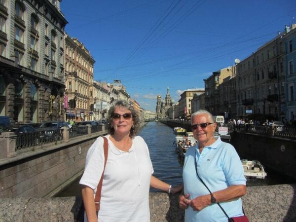 Die Markthalle von St. Petersburg und das Russische Museum