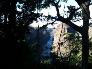 Bei der Canopy Tour bekommt man unvergleichliche Ausblicke auf die Schlucht des Sambesi