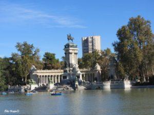 der künstliche See Estanque del Retiro