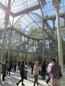 das Innere des Glaspalastes