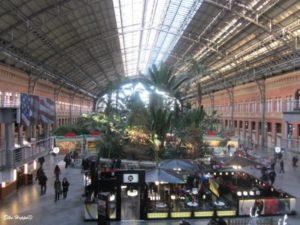 der Bahnhof Puerta de Atocha in Madrid