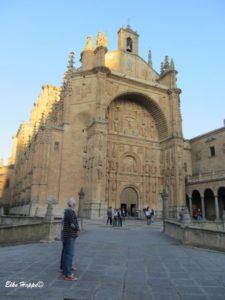 Fassade des Klosters San Esteban