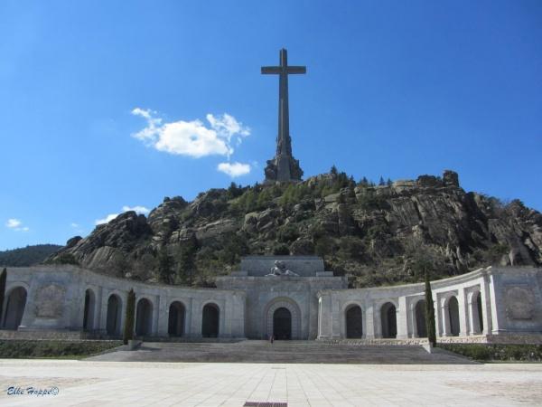 Das Tal der Gefallenen, Kriegsdenkmal von Francisco Franco