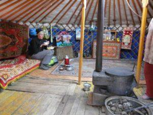 Jurte in der Mongolei bei der Singlereise
